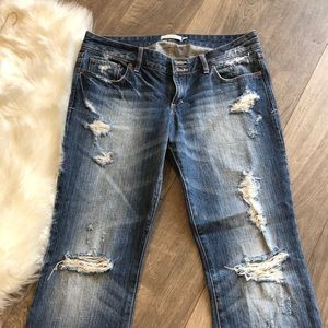 💕Abercrombie & Fitch flare jeans distressed 6R